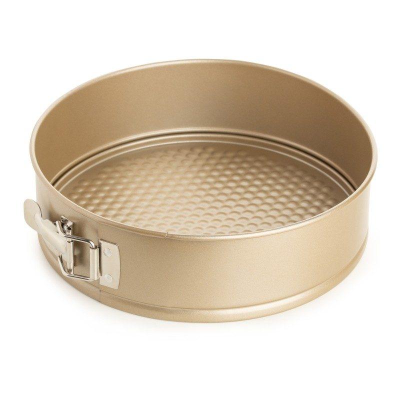 Okrugli pekač Rosmarino Baker Golden 28 cm, proizveden od visokokvalitetnog karbonskog čelika, modernog je izgleda u zlatnoj boji, bit će vaš novi nezamjenjivi dodatak za pečenje. Neprianjajući premaz s efektom vrućeg kamena daje jedinstven pristup pečenju jer ćete moći peći bez masnoće ili upotrijebiti minimalno masnoća. Namirnice se tako neće zalijepiti za pekač, uklanjanje je jednostavno, bez upotrebe kuhinjskih pomagala. Pekač ima uklonjivi obruč koji lako možete ukloniti s opružnim zatvaračem od nehrđajućeg čelika koji sprječava curenje tekućine tijekom pečenja. Pekač je zbog svog sastava od karbonskog čelika otporan na visoke temperature, do 240° C, primjeren za spremanje u hladnjaku i za pranje u perilici posuđa. Idealan pekač za pečenje kolača, pita i ostalih okruglih peciva.