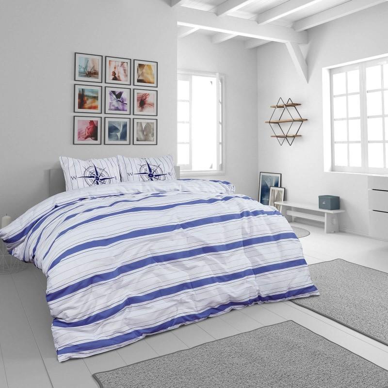 Vrijeme je za potpuno uživanje u modernim pamučnim posteljinama! Posteljina Nautic Stripes od renforce platna, mekane tkanine, jednostavne za održavanje. Neka vas oduševi moderan dizajn s printom za udoban i ugodan san. Posteljina je periva na 40 °C.