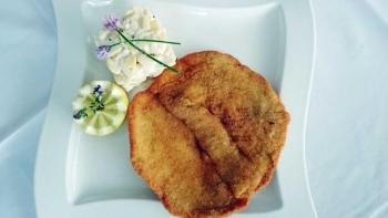 Recept za bečki odrezak sa salatom od krumpira