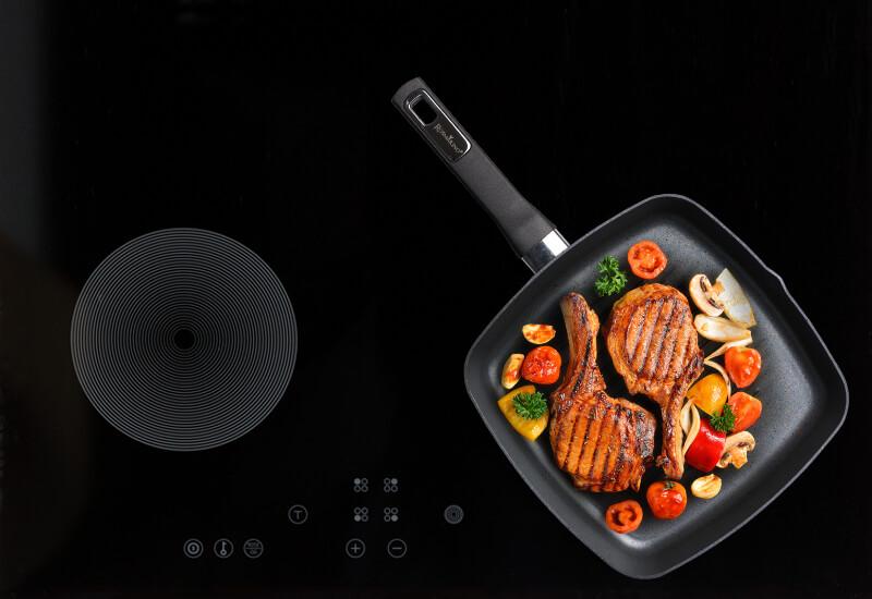 Prikladna za upotrebu na svim vrstama površina za kuhanje, uključujući indukcijske